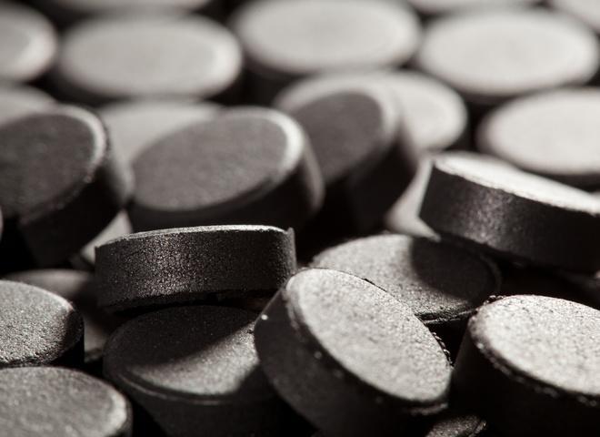 Активированный уголь: как спастись от алкогольного отравления