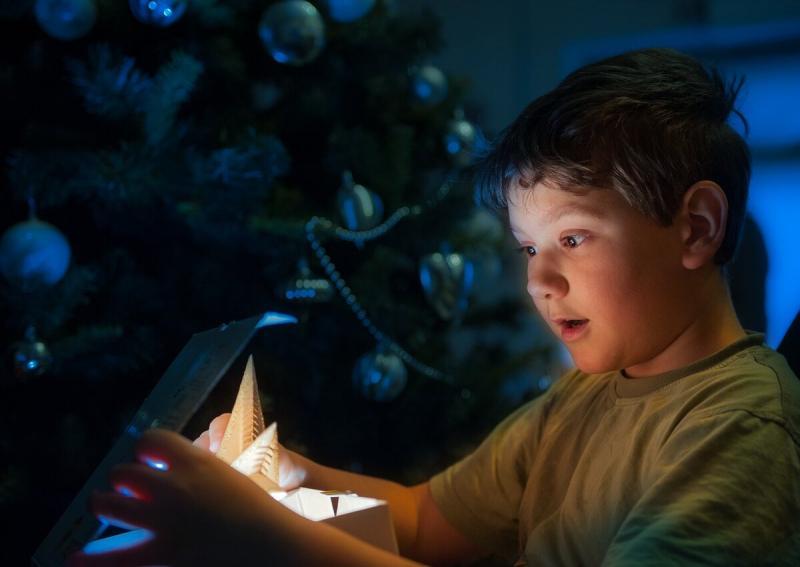 Манипуляция детей - для умных родителей: примеры!