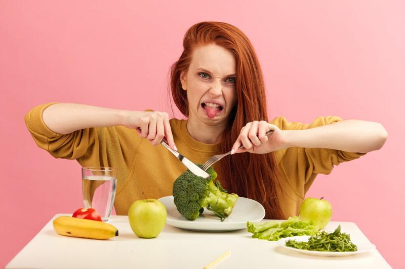 Отвращение к еде при беременности - другая крайность