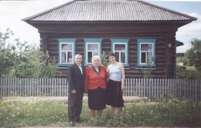 Мать и отчим прожили вместе больше тридцати лет