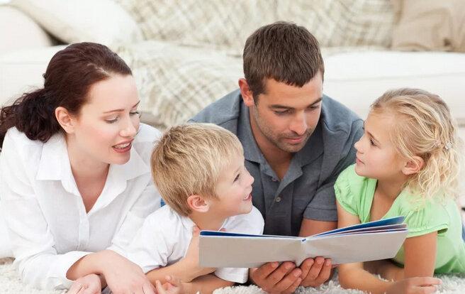 Общайтесь с ребенком, это важно для его развития
