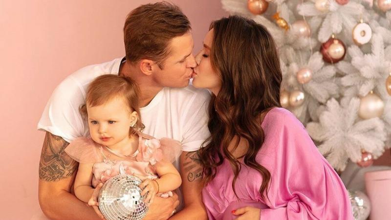 Звёзды, которые станут родителями в 2020 году
