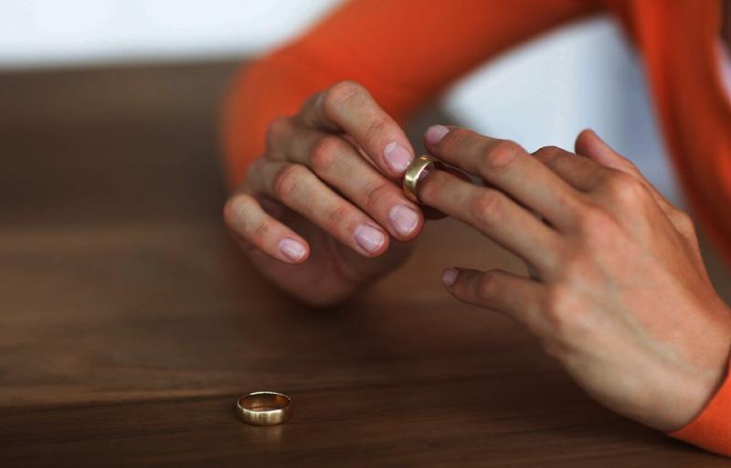 Деньги под подушкой для развода