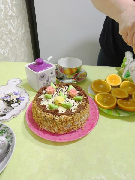 Отец подарил на день рождения дочери 500 рублей
