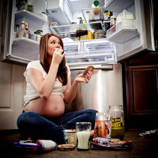 Жор при беременности. Как угомонить аппетит?!