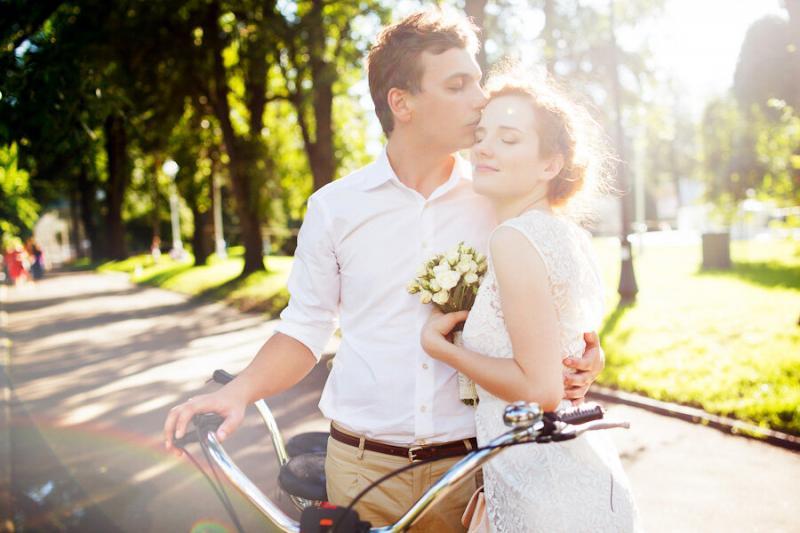Самое частое, но бестолковое пожелание на свадьбах