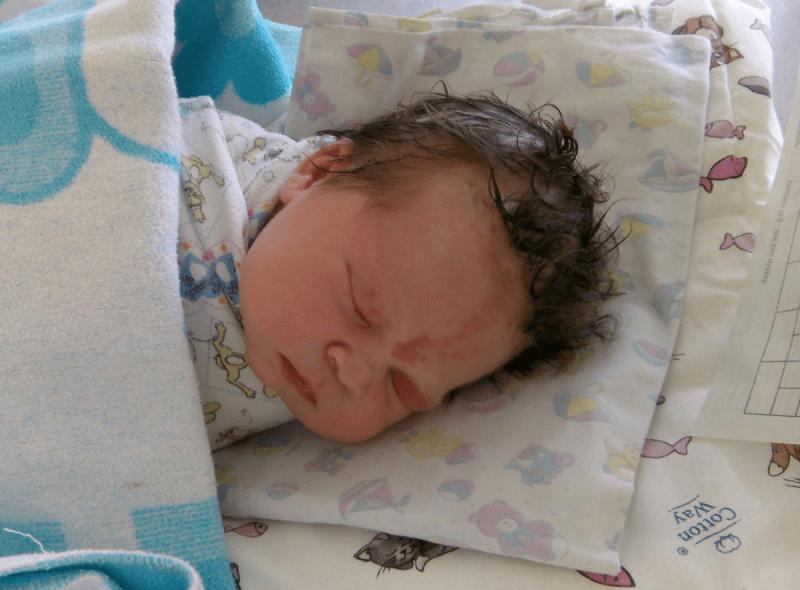 «Почему она не плачет?» История моих первых родов в 31 год