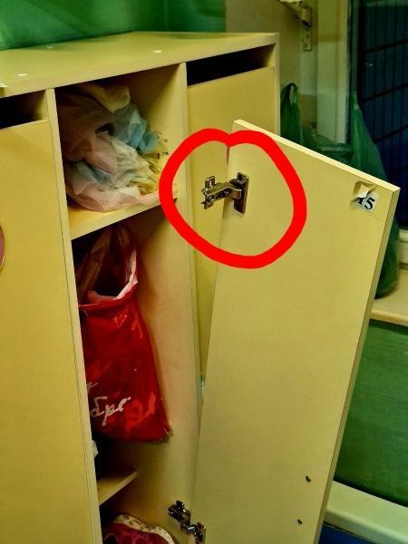 Как муж чинил шкафчик в детском саду