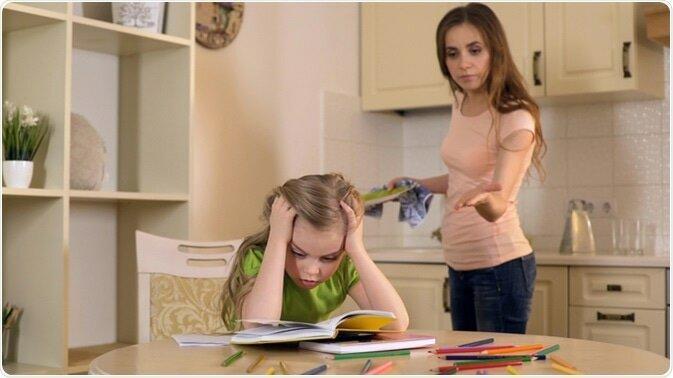 9 признаков того, что вы слишком строгие родители