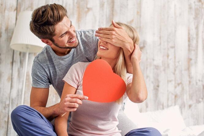 Бери выше: 10 знаков, что он хочет вывести ваши отношения нановый уровень