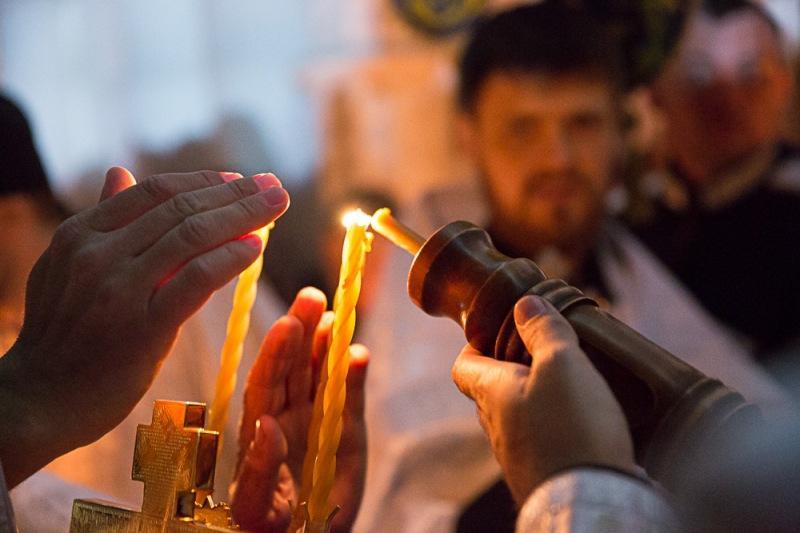 Что ни в коем случае нельзя делать в День Благодатного огня 25 августа 2021 года. Народные приметы и традиции