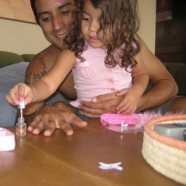 Отцы-одиночки готовы на все ради своих детей (фото)