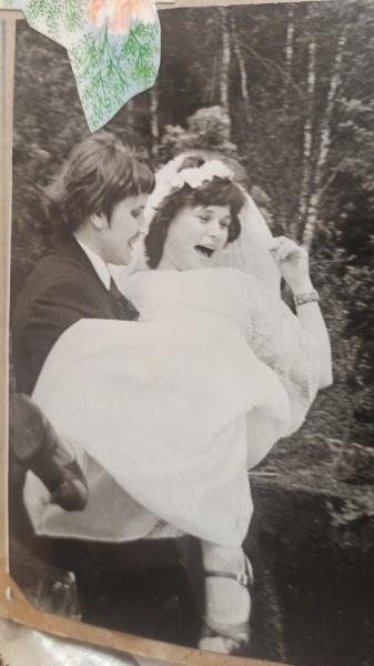 Самые смешные свадебные ритуалы 80-х